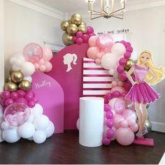 Barbie Party Decorations, Barbie Theme Party, Princess Birthday Party Decorations, Barbie Birthday Party, Kids Party Themes, Balloon Decorations, Birthday Party Themes, Festa Hot Wheels, Balloons