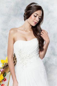 Style D008 Daisy by Alexia bridal  www.alisonjanebridal.co.uk
