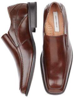 jerrad's shoes. men's warehouse $110.
