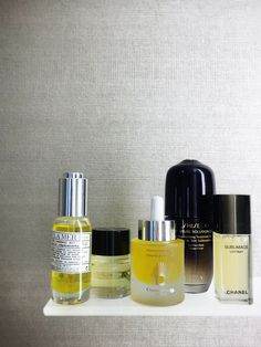 Offering very real skin benefits, dermatologists increasingly recommend oils for their antioxidant boost.