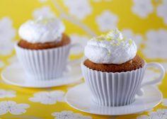 Passion fruit meringue cupckaes