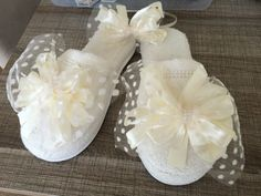 Lohusa terliği Boutique Design, Headbands, Projects To Try, Slippers, Baby Shower, Sewing, Search Engine, Mini, Sneakers