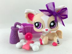 Littlest Pet Shop Cream & Pink Chihuahua #1892 w/Wagon & Accessories #Hasbro