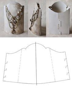 DIY necklace display: no tangles!