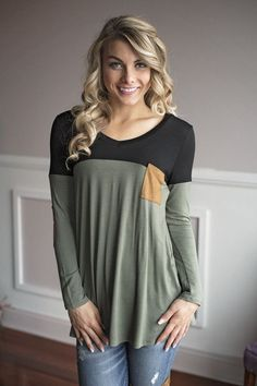 A fun long sleeve top! Fits true to size. Model is 5'5'' a size 1 wearing a small. Material: 95% Rayon 5% Spandex Size Bust Hip Length Waist Small 40 N/A 28.5 N/A Medium 42 N/A 30 N/A Large 44 N/A 30.