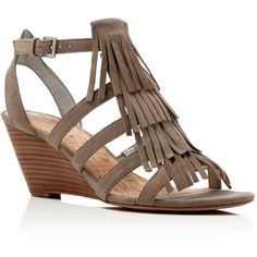 Sam Edelman Sandra Fringe Wedge Sandals (€115) ❤ liked on Polyvore featuring shoes, sandals, putty, gladiator wedge sandals, small heel sandals, fringe wedge sandals, wedge heel sandals and low heel gladiator sandals
