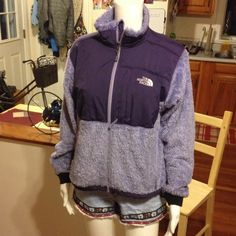 North Face Denali Fleece size Small purple EUC The North Face denali fleece size S summit series full zip fleece super soft has north face logo on back upper shoulder says summit series on arm has north face logo on front and a three front pockets color is purple and lilac purple North Face Jackets & Coats
