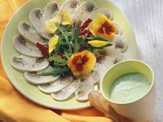 Champignon-Carpaccio mit Salat