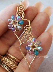 Wire Jewelry Tutorial - Charming Hearts 2 - Earrings - wire wrapping tutorial by MyWiredImagination - ***This listing is for the instructions Wire Wrapped Jewelry, Metal Jewelry, Beaded Jewelry, Handmade Jewelry, Handmade Wire, Diy Schmuck, Schmuck Design, Wire Earrings, Heart Earrings