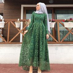 Abaya Fashion, Muslim Fashion, Modest Fashion, Skirt Fashion, Fashion Dresses, Kebaya Hijab, Kebaya Dress, Dress Pesta, Dress Brokat Muslim