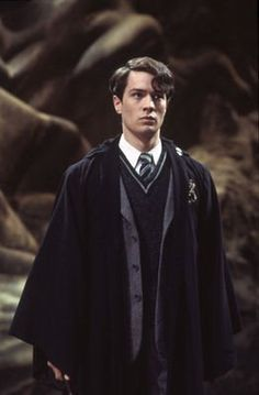 """""""Is it weird that I find the guy who plays Tom Riddle in the Chamber of Secrets really attractive? Haha  ^to the poster above me, no, no it's not. I feel the same way. -Lyndsey"""" COS Tom Riddle is hot!"""