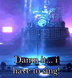 Hahaha, this Arctic Monkeys gif is a gem