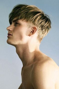 Bowl Haircuts for Men Top Hairstyles For Men, Fringe Hairstyles, Modern Hairstyles, Hairstyles Haircuts, Haircuts For Men, Cool Hairstyles, Hairstyle Ideas, Men's Hairstyle, Teen Boy Hairstyles