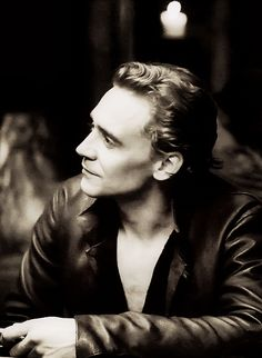 Tom Hiddleston in black and white. And a bit of chest hair : O  Excuse me while I drool...a lot.