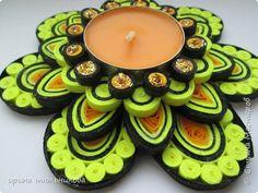 новогодний подсвечник Art Quilling, Paper Quilling Tutorial, Quilling Jewelry, Quilling Designs, Cd Crafts, Arts And Crafts, Paper Crafts, Tea Holder, Diwali Craft