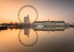 This pic just got won a prize from the Official London Eye facebook page...Cheeky lads!