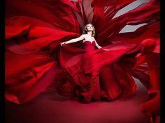 LADY IN RED   -  Chris De Burgh https://www.facebook.com/profile.php?id=100010318204610 https://www.facebook.com/groups/754541244668888/