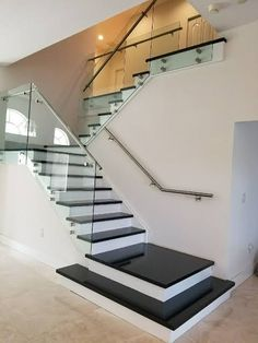97 Most Popular Modern House Stairs Design Models 95 Staircase Design Modern, Stair Railing Design, Home Stairs Design, Modern Stairs, Interior Stairs, Modern House Design, Glass Stair Railing, House Staircase, Staircase Railings