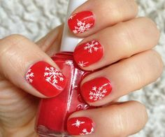 Beaut.ie Christmas Nail Art: Two Ways With Snowflakes
