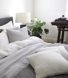 Bed linen, 100% linen, light grey melange