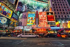I love all types of musicals and my favorite two are Wicked and Les Miserables! I've seen wicked on Broadway before and it was sooooo amazing! New York City, Comedia Musical, New York Theater, Broadway Plays, Broadway Nyc, Broadway Quotes, Broadway Theatre, Theatre Geek, Musical Theatre