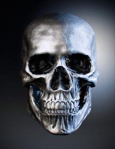 Skull by kurosiro