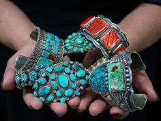 Native Indian Jewelry, Native American Jewelry, Southwest Jewelry, Southwestern Style, Old Jewelry, Jewelery, Turquoise Jewelry, Turquoise Bracelet, Indian Arts And Crafts