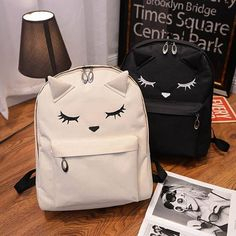 #white or #black? Cat Printing Canvas Backpacks Link in bio to shop~️ ✈ #FreeWorldwideShipping order over $30