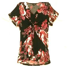 *25% off Bundles!*NEW Blouse!* Another great blouse! :) Very similar to the other one I have listed. This one seems just a little smaller for some reason. Beautiful pattern & colors. Fabric amazing, soft, stretchy. So comfortable & cute. Never worn, cuz had to get another size. Please enjoy! :) Daisy Fuentes Tops Blouses