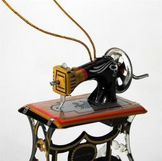 "TIN TOY SEWING MACHINE CHRISTMAS TREE ORNAMENT 3"" Retro Vintage Style NEW Craft"