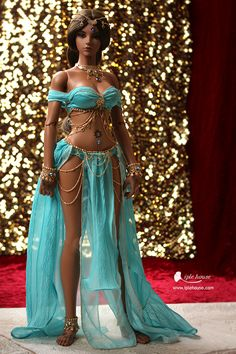 Realistic figure unseen on Barbie Belly Dancer Costumes, Belly Dancers, Dance Costumes, Barbie Clothes, Barbie Dolls, Belly Dance Outfit, Tribal Belly Dance, Halloween Disfraces, Dance Outfits
