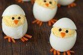 Húsvéti csibék tojásból
