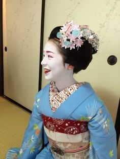 July 2015: Junior maiko Komako of Gion Higashi with special Gion Festival kanzashi by ta_ta999 - blog