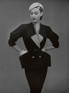 Maggy Rouff - Dress - L'Officiel De La Mode No 349 photographed by Philippe Pottier (Spring, 1951)