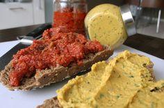 Francesca Kookt - Tomatentapenade en koriander-bonenspread