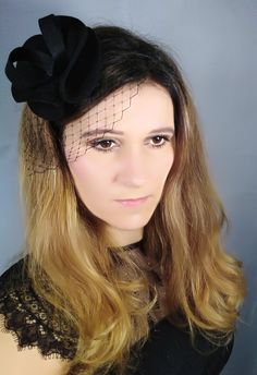 Fascynator flowers band opaska na ślub headband wedding panna młoda wesele beautiful art handmade Stunning hair for trend bridal veil Wedding Hair Accessory silc red fuksja pink white ivory black cream gray beige fascinator black hat toczek toque funeral Joanna Siekańska