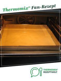 Fanta-Kuchen mit Pfirsich-Schmand auf dem Blech von HXENZAUBER. Ein Thermomix ® Rezept aus der Kategorie Backen süß auf www.rezeptwelt.de, der Thermomix ® Community.