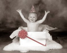 Wrapped cardboard box with bow & tissue paper 1st Birthday Photoshoot, Baby 1st Birthday, First Birthday Parties, First Birthdays, 1st Birthday Pictures, Birthday Ideas, Photo Props, Photo Shoot, Birthday Photography