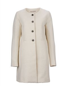 A tailored #Stefanel coat in ice-cream shades - a real must-have for all winter pastel fans #ParndorfMustHave