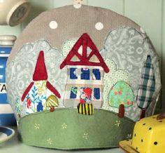 Free pattern: Country Village Tea Cozy · Quilting | CraftGossip.com