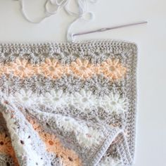 Petal Stitch Baby Blanket | Daisy Farm Crafts
