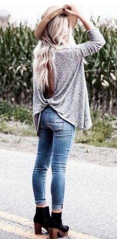 #winter #outfits heather gray long-sleeve cardigan and blue fitted jeans