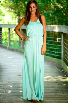 This maxi is gorgeous! The simple mint color and shape is perfect! The soft material and the fit is amazing! Add any accessories to it to dress it up!