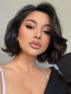 Natural Dewy Makeup, Dewy Makeup Look, Soft Makeup Looks, Dark Hair Makeup, Neutral Makeup Look, Soft Eye Makeup, Natural Summer Makeup, Face Makeup, Natural Eyes
