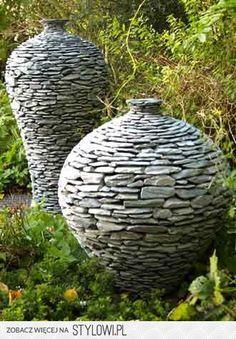 Flakony z kamienia