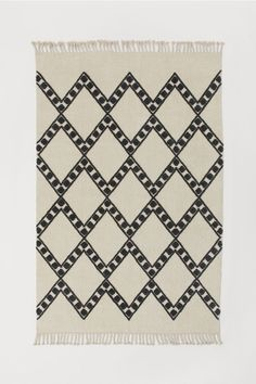 Patterned Wool-blend Rug - Light beige/checked - Home All Affordable Area Rugs, Harlequin Pattern, Entryway Rug, Professional Carpet Cleaning, Farmhouse Rugs, H&m Home, Diy Carpet, Beige Carpet, Gray