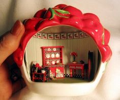 """this site has all kinds of great mini projects in conventional and unusual containers ... check her """"My Mini"""" pages"""