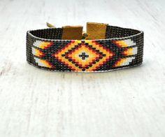 Tribal Boho armband  Boheemse Jewelry  kralen door SKBeadedJewelry