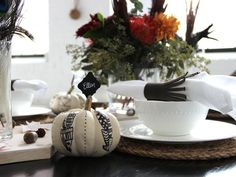 Make White Pumpkin Place Card Holders for Thanksgiving Table >> http://www.diynetwork.com/decorating/how-to-make-white-pumpkin-place-card-holders/pictures/index.html?i=1?soc=pinterest