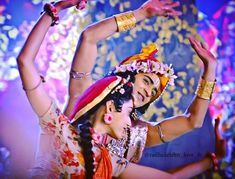 Radha Krishna Holi, Radha Krishna Love Quotes, Lord Krishna Images, Radha Krishna Pictures, Krishna Photos, Krishna Art, Krishna Wife, Baby Krishna, Cute Krishna